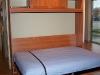 lovos-vaikams-ir-pakeliamos-lovos-spintoje-1