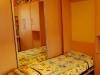 lovos-vaikams-nedideliam-kambariui-4